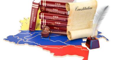 30 años de la Constitución para un 'nuevo país'